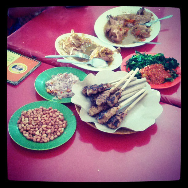Sate lilit and ayam betutu