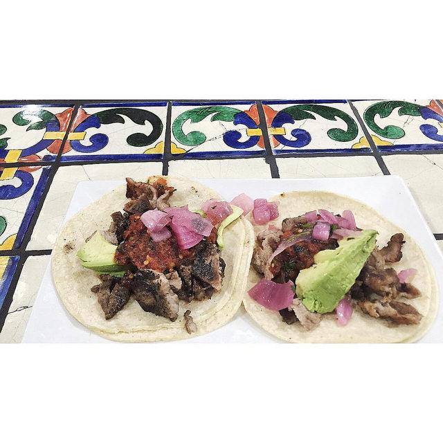 Poc chuc in tacos.